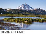Купить «Вулкан Вилючинский на Камчатке», фото № 3184325, снято 1 мая 2020 г. (c) А. А. Пирагис / Фотобанк Лори