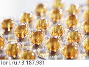 Блистерные упаковки таблеток. Стоковое фото, фотограф Dzianis Miraniuk / Фотобанк Лори
