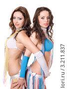 Две девушки в откровенной одежде, фото № 3211837, снято 13 февраля 2010 г. (c) Сергей Сухоруков / Фотобанк Лори
