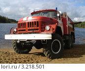 Пожарный автомобиль ЗИЛ (2010 год). Редакционное фото, фотограф Роман Львов / Фотобанк Лори