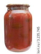 Купить «Консервированные томаты в собственном соку на белом фоне», эксклюзивное фото № 3235745, снято 3 февраля 2012 г. (c) Короленко Елена / Фотобанк Лори