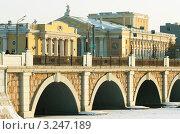 Оперный Театр (2011 год). Редакционное фото, фотограф Олеся Довженко / Фотобанк Лори