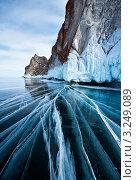 Купить «Байкальская ледовая графика», фото № 3249089, снято 26 марта 2011 г. (c) Виктория Катьянова / Фотобанк Лори