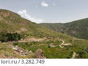 Дорога к монастырю Гегард в Армении (2009 год). Стоковое фото, фотограф Андрей Щавелев / Фотобанк Лори