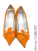 Купить «Женские туфли цвета охры», фото № 3286937, снято 9 февраля 2009 г. (c) Elnur / Фотобанк Лори