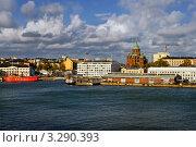 Вид на Хельсинки, на Успенский собор с морского парома (2011 год). Редакционное фото, фотограф Терещенко Марина / Фотобанк Лори