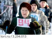 Купить «Лыжница на старте», фото № 3294013, снято 11 февраля 2012 г. (c) Хайрятдинов Ринат / Фотобанк Лори
