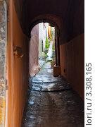 Купить «Узкие улицы Лиона. Франция», фото № 3308165, снято 25 февраля 2012 г. (c) Екатерина Овсянникова / Фотобанк Лори