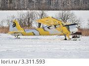 Купить «Самолёт ЯК-12», эксклюзивное фото № 3311593, снято 1 марта 2012 г. (c) Елена Коромыслова / Фотобанк Лори
