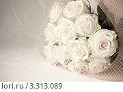 Букет белых роз. Стоковое фото, фотограф Алла Ушакова / Фотобанк Лори