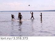 Купить «Пляжный волейбол», фото № 3318373, снято 20 июня 2007 г. (c) Василий Козлов / Фотобанк Лори