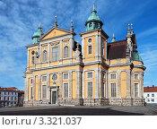 Купить «Кальмарский собор, Швеция», фото № 3321037, снято 24 февраля 2012 г. (c) Михаил Марковский / Фотобанк Лори