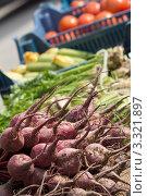Овощи на рынке. Стоковое фото, фотограф Екатерина Романова / Фотобанк Лори