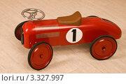 Детская гоночная машинка. Стоковое фото, фотограф Сергей Высоцкий / Фотобанк Лори