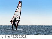 Купить «Виндсерфинг на море», фото № 3335329, снято 2 мая 2010 г. (c) Сергей Сухоруков / Фотобанк Лори