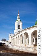 Купить «Красные ряды и церковь Спаса, Кострома», фото № 3335493, снято 25 февраля 2010 г. (c) ElenArt / Фотобанк Лори