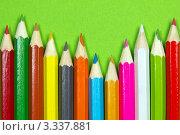 Купить «Фон из цветных карандашей», фото № 3337881, снято 1 марта 2012 г. (c) Sea Wave / Фотобанк Лори