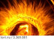 Пламя костра в виде солнца. Стоковое фото, фотограф Анастасия Долгова / Фотобанк Лори
