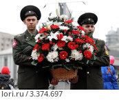 9 мая районный парад (2011 год). Редакционное фото, фотограф Иван Травяников-Диденко / Фотобанк Лори