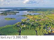 Купить «Вид с высоты на озеро Селигер», эксклюзивное фото № 3390165, снято 29 июля 2011 г. (c) Елена Коромыслова / Фотобанк Лори