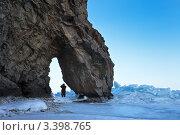 Купить «Одна из достопримечательностей озера Байкал - скала Слон», фото № 3398765, снято 25 марта 2012 г. (c) Виктория Катьянова / Фотобанк Лори