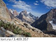 Купить «Горы в Таджикистане», фото № 3409357, снято 2 августа 2010 г. (c) Михаил Сафиуллин / Фотобанк Лори
