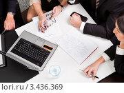 Купить «Вид сверху на стол при деловых переговорах», фото № 3436369, снято 13 ноября 2010 г. (c) Андрей Попов / Фотобанк Лори