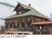 Купить «Суздальская лавка. Старинный дом», эксклюзивное фото № 3448697, снято 15 апреля 2012 г. (c) Михаил Широков / Фотобанк Лори