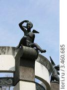 Купить «Ангелочек смотрит вдаль. Минск, Беларусь», фото № 3460685, снято 14 апреля 2012 г. (c) Марина Шатерова / Фотобанк Лори