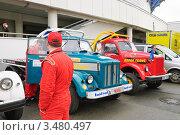 Гоночные грузовики ГАЗ-51 на стоянке, Rally Masters Show 2012. Редакционное фото, фотограф Алёшина Оксана / Фотобанк Лори