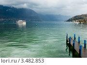 Купить «Прогулочный катер на озере Аннеси, Верхняя Савойя, Франция», фото № 3482853, снято 12 марта 2008 г. (c) Дмитрий Наумов / Фотобанк Лори