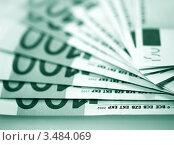 Купить «Пачка купюр евро», фото № 3484069, снято 4 марта 2011 г. (c) ElenArt / Фотобанк Лори