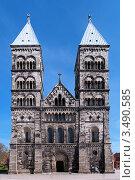 Фасад кафедрального собор в Лунде, Швеция (2012 год). Стоковое фото, фотограф Михаил Марковский / Фотобанк Лори