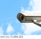 Купить «Камера видеонаблюдения на фоне неба», фото № 3494253, снято 30 июля 2011 г. (c) Константин Ёлшин / Фотобанк Лори