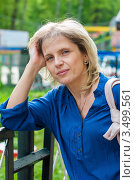 Купить «Портрет красивой женщины блондинки на улице», эксклюзивное фото № 3499561, снято 7 мая 2012 г. (c) Игорь Низов / Фотобанк Лори
