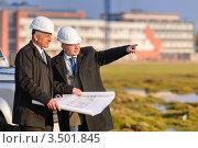 Купить «Архитекторы обсуждают проект», фото № 3501845, снято 6 марта 2012 г. (c) CandyBox Images / Фотобанк Лори