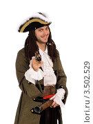 Купить «Улыбающийся мужчина в костюме пирата с пистолетом на белом фоне», фото № 3502529, снято 16 ноября 2010 г. (c) Сергей Сухоруков / Фотобанк Лори