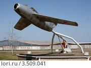 Памятник летчикам (2012 год). Редакционное фото, фотограф Игорь Веснинов / Фотобанк Лори