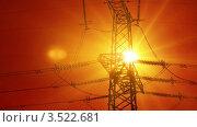 Купить «Линии электропередач в солнечных лучах. Таймлапс», видеоролик № 3522681, снято 18 июля 2010 г. (c) ILLYCH / Фотобанк Лори