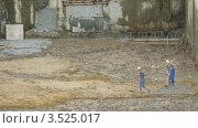 Купить «Работы на стройплощадке, таймлапс», видеоролик № 3525017, снято 26 февраля 2009 г. (c) Losevsky Pavel / Фотобанк Лори