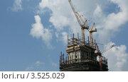 Купить «Строительство небоскреба, таймлапс», видеоролик № 3525029, снято 14 июля 2008 г. (c) Losevsky Pavel / Фотобанк Лори