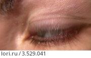 Купить «Женский глаз крупным планом», видеоролик № 3529041, снято 28 октября 2008 г. (c) Losevsky Pavel / Фотобанк Лори
