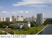 Купить «Спальный район Коньково в Москве», фото № 3537537, снято 20 мая 2012 г. (c) Бондаренко Олеся / Фотобанк Лори