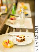 Купить «Подносы с десертами в кафетерии», фото № 3542581, снято 6 апреля 2012 г. (c) CandyBox Images / Фотобанк Лори