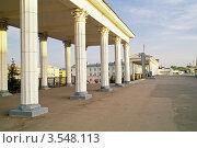 Купить «Железнодорожная станция Орел», фото № 3548113, снято 15 мая 2012 г. (c) Parmenov Pavel / Фотобанк Лори