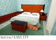 Купить «Интерьер спальни», эксклюзивное фото № 3551177, снято 23 ноября 2011 г. (c) Яков Филимонов / Фотобанк Лори