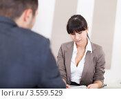 Купить «Собеседование при приеме на работу», фото № 3559529, снято 3 марта 2012 г. (c) Андрей Попов / Фотобанк Лори