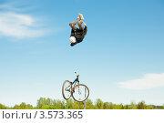 Купить «Слоуп-стайл. Тренировка прыжков», эксклюзивное фото № 3573365, снято 27 мая 2012 г. (c) Ольга Визави / Фотобанк Лори