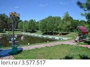 Озеро в  парке (2012 год). Редакционное фото, фотограф Анатолий Уткин / Фотобанк Лори