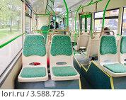 Купить «Интерьер салона нового автобуса ЛиАЗ - 5292.21», эксклюзивное фото № 3588725, снято 5 мая 2012 г. (c) Алёшина Оксана / Фотобанк Лори